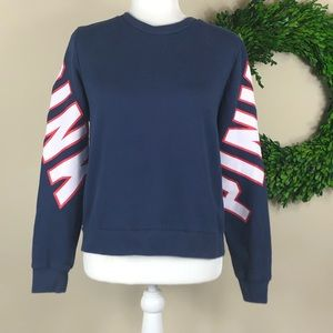PINK | Blue, Red + Red Pullover Sweatshirt Logo M
